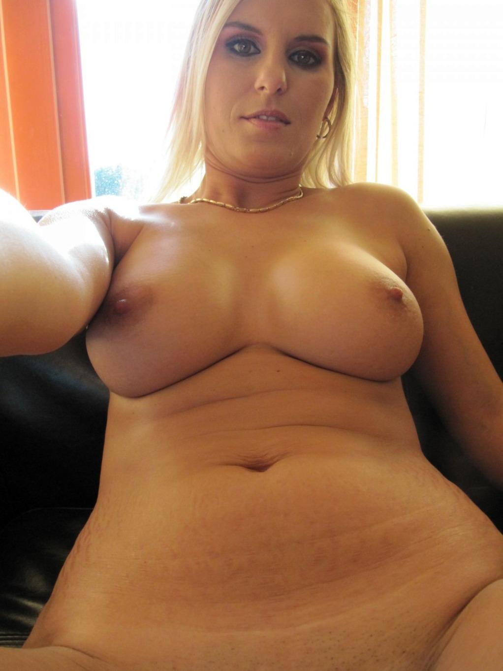 blonde Fotze